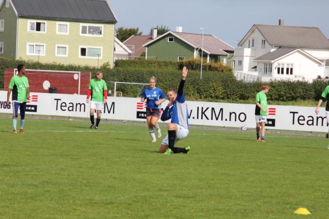Feiring av scoring i finalen v/ Kristian Fjeldstad